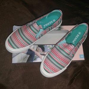 Serra Canvas Sneakers Slipon Shoes